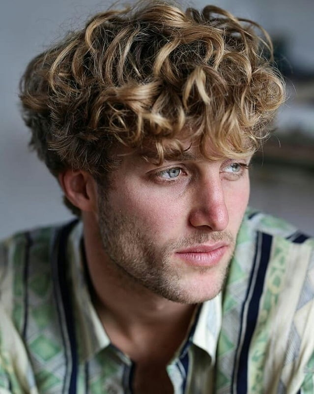 18 Remarkable Blonde Hairstyles For Men 2019