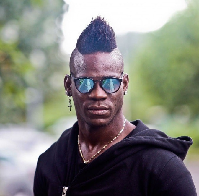 soccer player with mohawk hairstyle