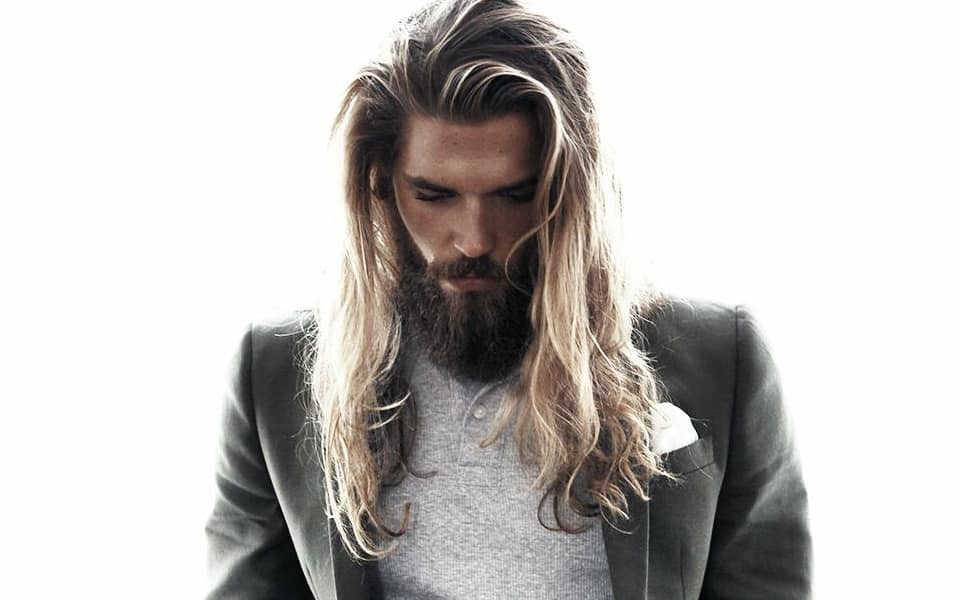 long hair styles men 15 s hairstyles to get a and manly look in 2018 1301 | mens long hairstyles